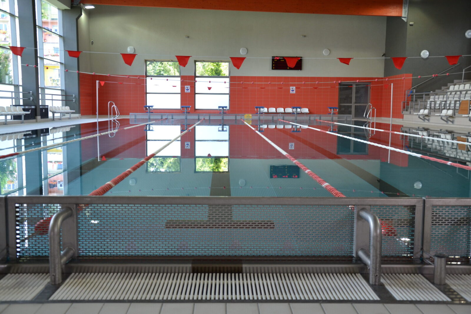 Pływalnia Kasztelanka - tor pływacki